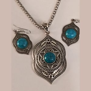 Faux Silver and Turquoise Necklace and Earrings